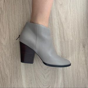 Cole Haan Dey Bootie in Driftwood Leather Size 7.5